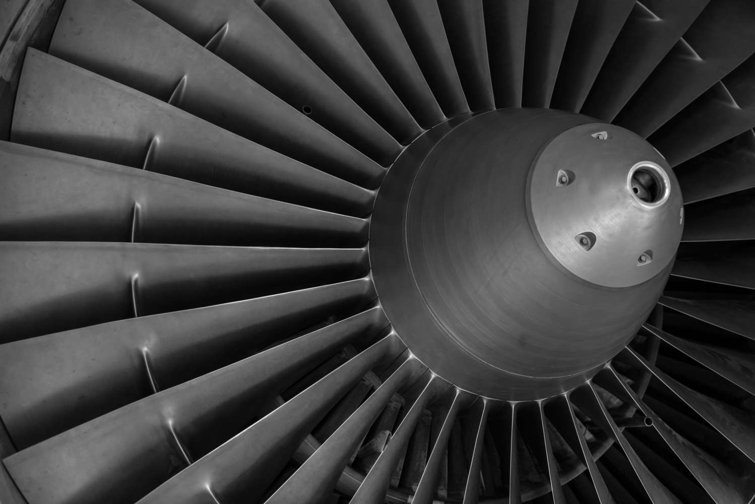Hastelloy, Inconel, Nimonic, Waspaloy...do you know that superalloys? Are the superalloys used in aircraft industry really super?